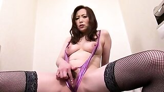 Miyama Ranko Does Give someone the brushoff To Lingerie