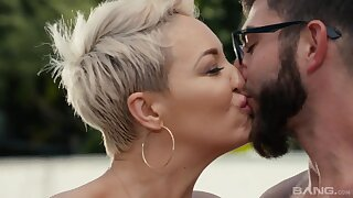 Amazing hot MILF Ryan Keely hard porn video