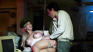 Busty Brandi Love is having relaxation with her sergeant