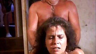 Mature mom Traci screwed round dilettante video