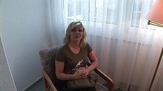 Vivien, die geile Blonde aus Sachsen will Pornostar werden