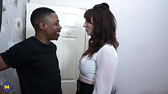 Amateur mother cheats with dark boy