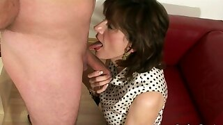 Daughter Sonia jerks lacking with an increment of suck chitter follower