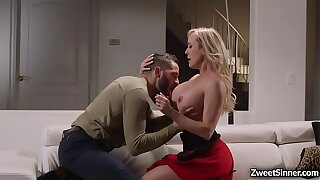 Gorgeous MILF Brandi Love dated her hot and handsome office subsidiary Damon Dice. Ass soon painless they reached home she started an stunning sex.