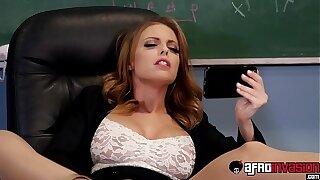 Smoking hot Britney Amber spitroasted hard by BBC students