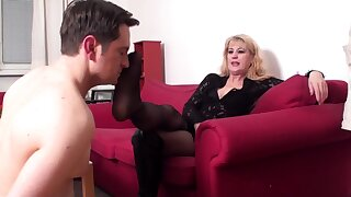 mature queen Andrea want him smell the brush sweaty arms
